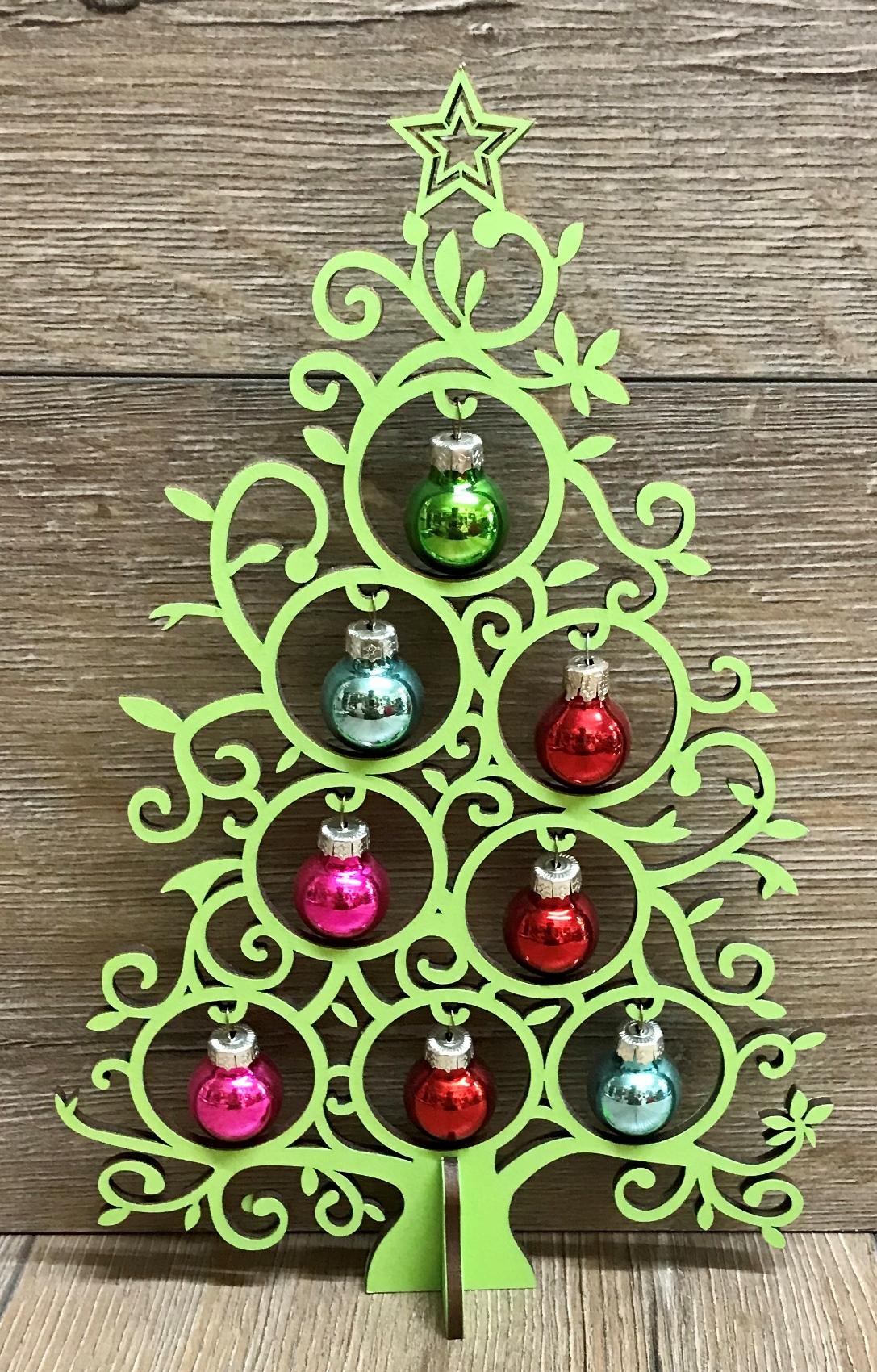 Weihnachtsbäume & - Sterne