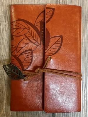 Notizbuch - Diary - Leaf/ Blätter - Größe 2 - braun
