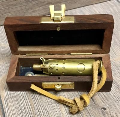 Maritimes - Sturm Feuerzeug (Benzin) in Holzbox