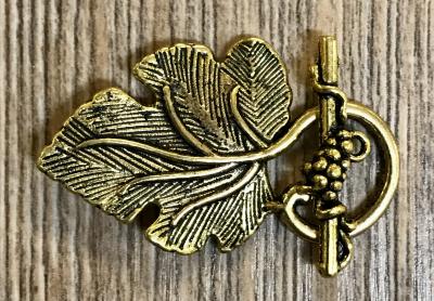 Schließe aus Metall - Gewand Wein-Blatt - auch als Kettenverschluss - Farbe: altgold