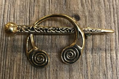 Brosche - Spiralfibel mit festem Steg - Bronze