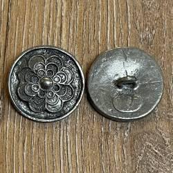 Knopf aus Metall - florales Motiv – Öse – 30mm - Ausverkauf