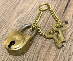 Maritimes - Kleines Schloss mit 2 Schlüsseln