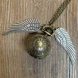 Uhr - Taschenuhr - Größe S - Spinnennetz mit Flügeln (goldener Schnatz) - Steampunk