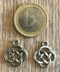 Anhänger - Charm - keltischer Knoten - Zinklegierung -  Farbe: Silber