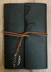 Notizbuch - Diary - Leaf/ Blätter - Größe 2 - schwarz