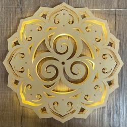 Lichtobjekt Triskell aus Holz mit LED - Ausverkauf