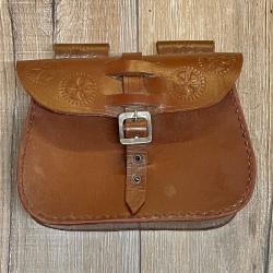 Tasche - Leder - LC3017 Gürteltasche - mit Punzierung - braun