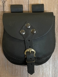 Tasche - Leder - Gürteltasche mit Schnalle - schwarz