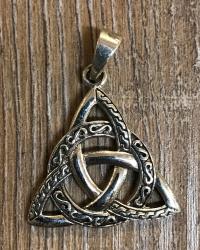 Anhänger - Keltischer Knoten Taliesin mit Verzierung - 925er Silber