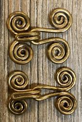 Schließe aus Metall - Gewand - Spirale des Lebens groß - Bronze