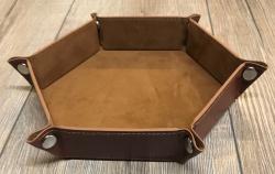 Würfel - Würfelschale Hexagon - Dice tray - Kunstleder 24,5cm x 24,5cm - braun