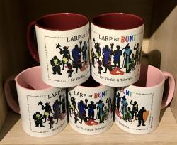 Tasse - LARP ist bunt - Design by Frivolita