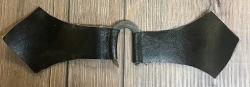 Mantelschließe Hufeisen mit Leder - schwarz