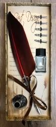 Schreibzeug - Historische Schreibfeder inkl. 6 Federn, Halter & Tintenfass (leer), geliefert in Geschenkbox - rot