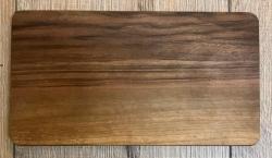 Holz Brett - Frühstücksbrett aus Walnuss dunkel, rechteckig, abgerundete Ecken, geölt - individuelle Lasergravur möglich