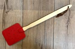 Holz Fliegenklatsche aus Ahorn-Holz und Kunstleder - rot