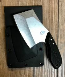 Gerber - Gürtelmesser Tri-Tip - robuste Cleaver-Klinge aus 7Cr17MoV Stahl mit einer satinierten Oberfläche in Holster aus Kunststsoff