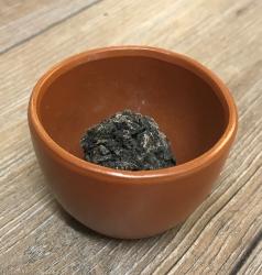 Räucherung - Schwarzer Copal in Tonschale - Ausverkauf