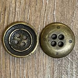 Knopf aus Metall - leicht geschüsselt – 4 Löcher – 20mm - noch 2x verfügbar