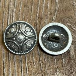 Knopf aus Metall - mit Ornament - bombiert – Öse – 16mm - Ausverkauf