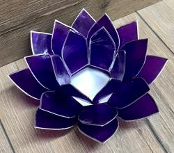 Kerzenhalter - LotusBlume -  7. Kronen-Chakra/ Sahasrara - violett mit Silberrand