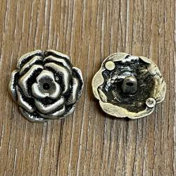Knopf aus Metall - Blütendesign – Öse – 24mm - altsilber