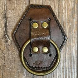 Metall - Ring mit Leder Waffenhalter/ Werkzeughalter - klein - braun