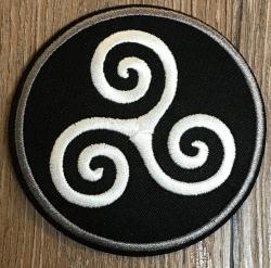 Aufnäher - gestickt - Triskele - schwarz-weiß