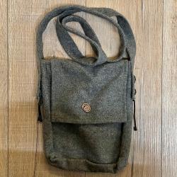 Tasche - Wolle - Umhängetasche mit Kupferspirale - dunkelgrau - Burgschneider
