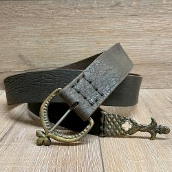 Gürtel - Leder - MT - Ulrich aus Oberleder mit Gürtelspitze ungelocht -5cm x 144cm- braun - Ausverkauf