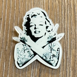 Brosche - Tough Prinzess - Marilyn - Anstecker - Button