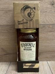 Moonshine O'Donnell - Winter-Sorte Macadamia Kombi 20% vol. - 700ml - Likör ohne künstliche Aromen oder Farbstoffe - inkl. Ausgießer