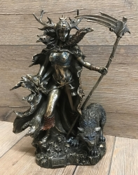Statue - Hel mit Sichel - nordische Göttin der Unterwelt - Dekoration - Ritualbedarf