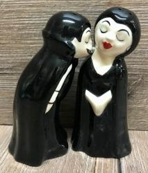 Pfeffer- & Salzstreuer - Vampire Love at first Bite - Salz- & Pfefferstreuer