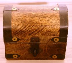 Larp Münze* - Spanische Dublone um 1651 - Gold* - 40 Stück inkl. Holztruhe