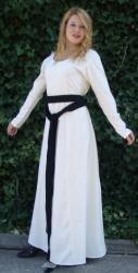 Kleid LC - 4839 mit geraden Ärmeln zum Reinschlüpfen