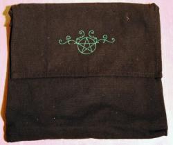 Umhänge- Tasche schwarz - Pentagramm/ Pentakel Ranke - grün